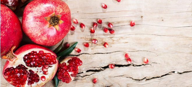 POMEGRANATE - Beautiful Color, a Crown & Delight